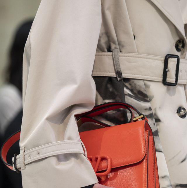 White, Red, Handbag, Orange, Fashion, Bag, Street fashion, Shoulder, Fashion accessory, Material property,