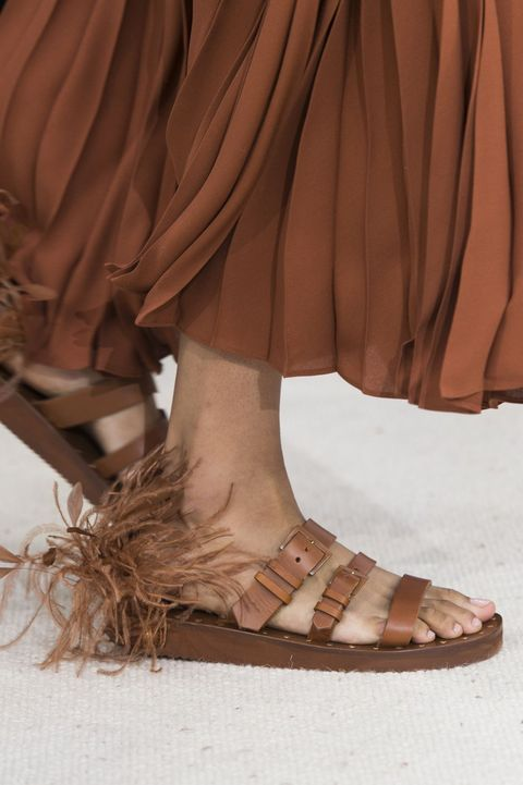 Footwear, Tan, Brown, Shoe, Fashion, Leg, Sandal, Beige, Ankle, Joint,