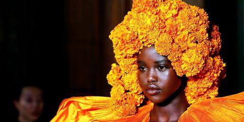Yellow, Orange, Afro, Temple, Smile,