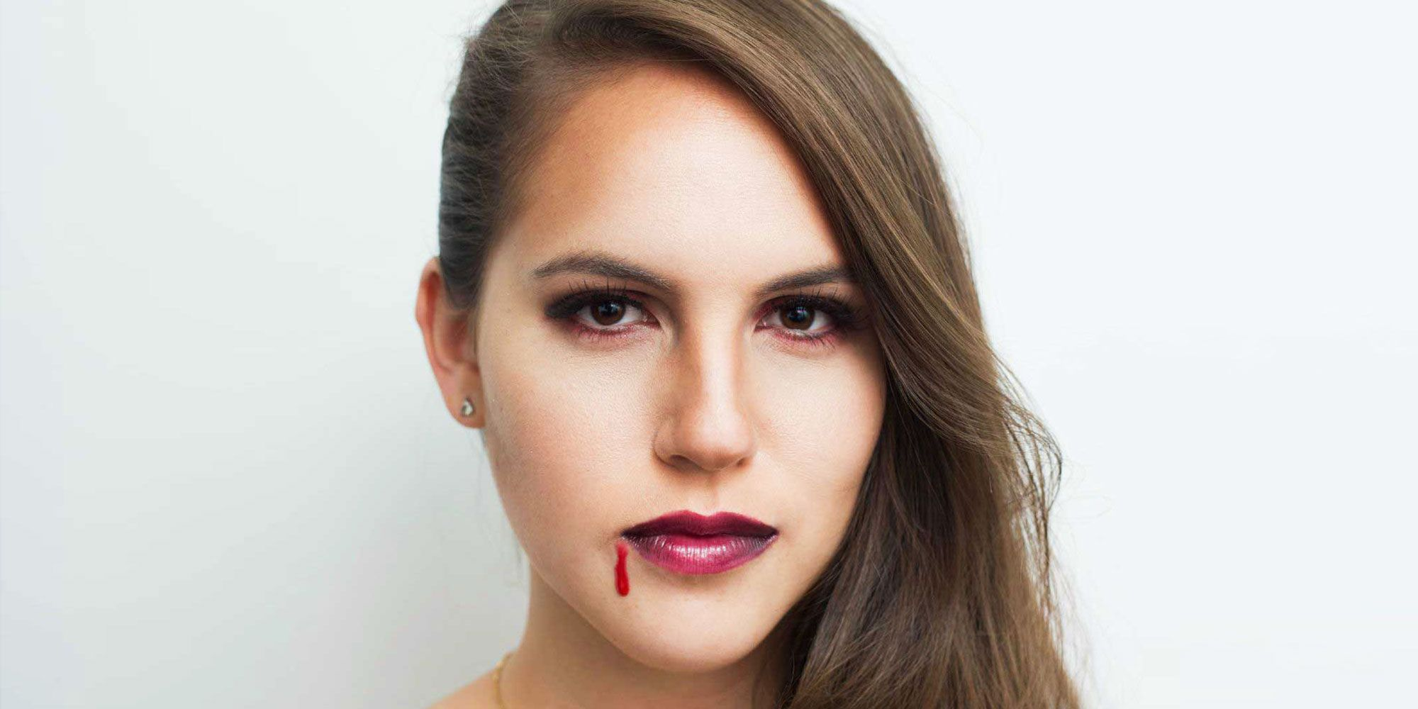 Easy vampire makeup tutorial for halloween how to do vampire makeup baditri Image collections