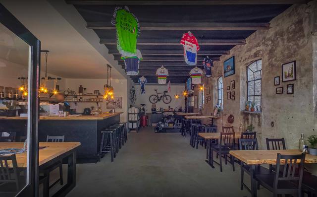 vanmark, cycling, coffee, joure, fietscafe