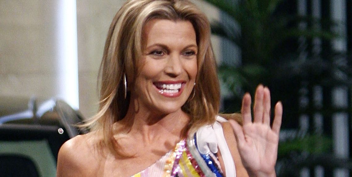 how old is vanna white