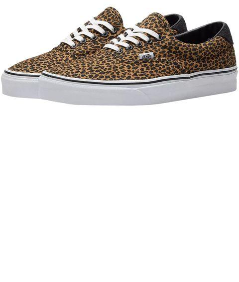 Footwear, Shoe, Sneakers, Brown, Skate shoe, Beige, Athletic shoe, Plimsoll shoe, Outdoor shoe,