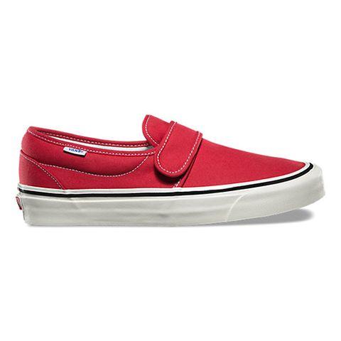 0fb06302925 9 Best Vans Skate Shoes in 2018 - New Vans Slip On