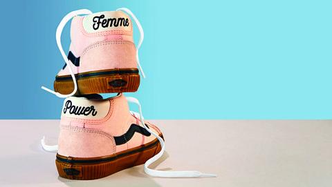 Vans Mid Skool 37 Sneakers in Heavenly Pink