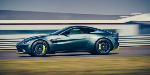 Land vehicle, Vehicle, Car, Automotive design, Performance car, Sports car, Coupé, Supercar, Wheel, Rim,