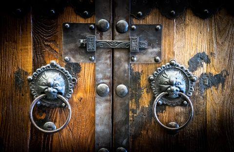 Door knocker, Door handle, Door, Wood, Latch, Symbol, Still life photography, Cross, Metal,