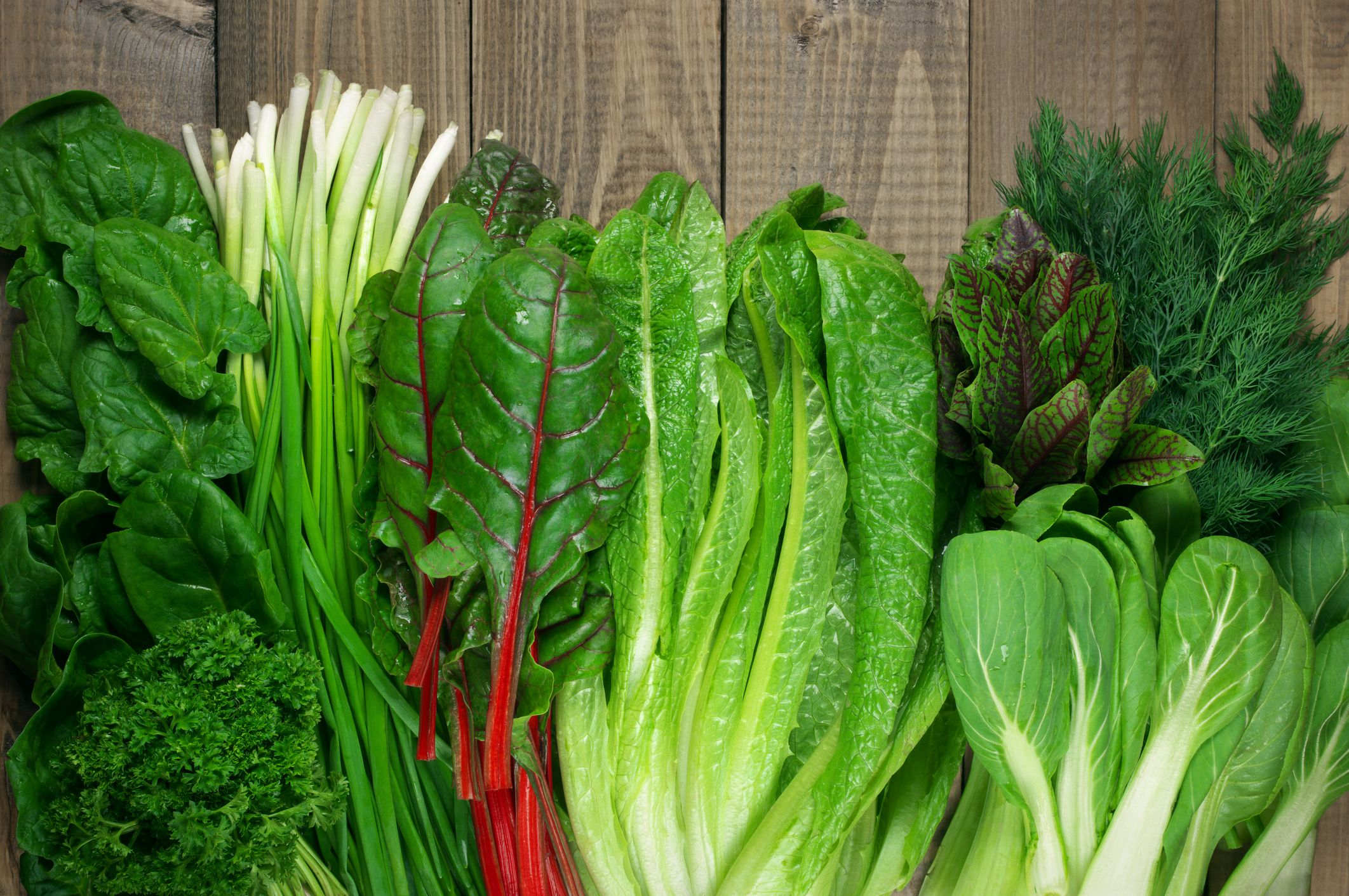 12 Best Types Of Greens And Lettuce To Add To Your Salad