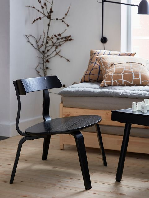 Sillón negro VÄRMER de IKEA