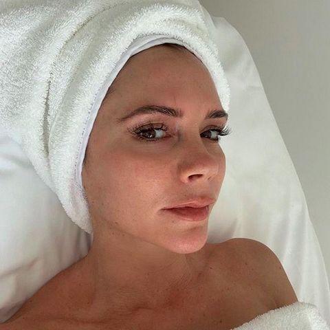 Face, Skin, White, Eyebrow, Lip, Head, Nose, Beauty, Forehead, Bridal accessory,