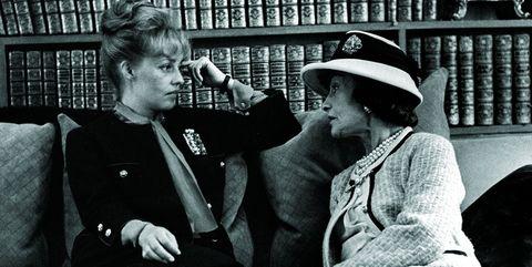 マドモアゼルのアパルトマンを訪れた女優のジャンヌ・モロー