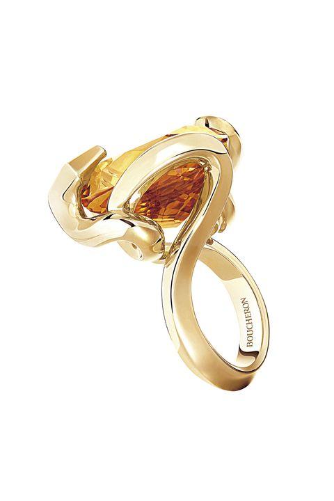 ブシュロンのリング