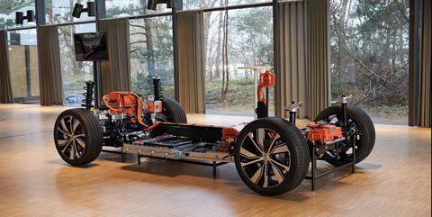 Land vehicle, Vehicle, Motor vehicle, Car, Vintage car, Automotive design, Antique car, Rim, Wheel, Classic car,