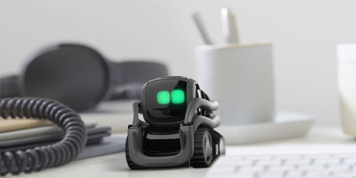 Anki S Ai Robot Is A Delightful And Expensive Desk Toy