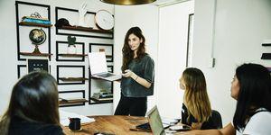vrouwen op kantoor