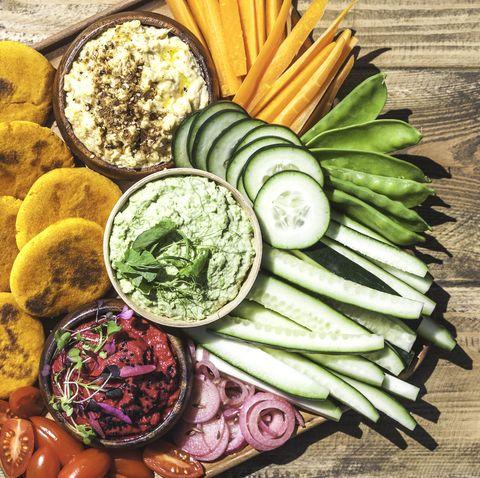 vegan hummus snack platter vertical