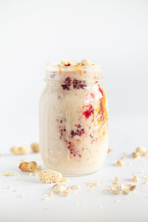 Vegan peanut butter and jelly overnight oats