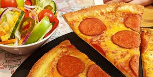 Pizza Hut Has Launched A Vegan Pepperoni Pizza