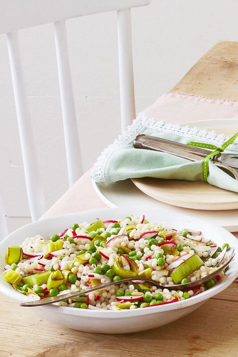 vegetarian dinner ideas pearl couscous leeks peas