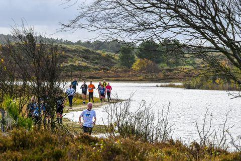 hardlopen-door-duinen-nederland-hardloopwedstrijd