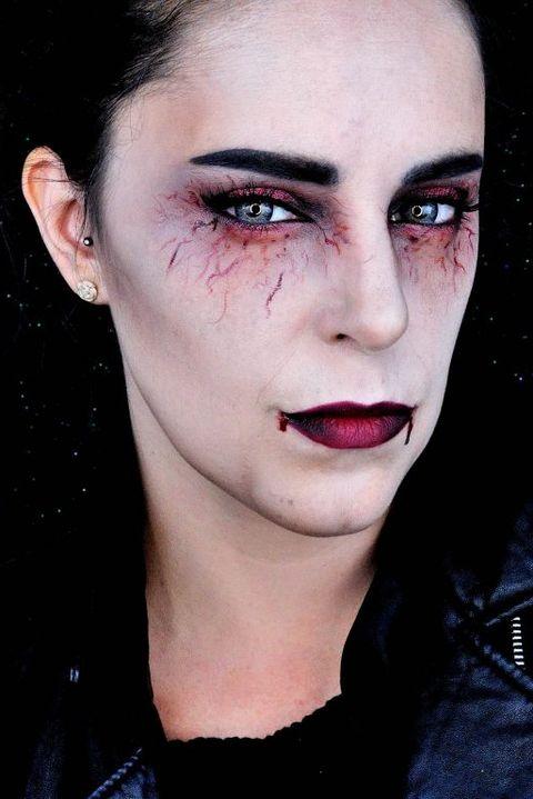 17 Best Vampire Makeup Tutorials For Halloween 2020 How To Do Vampire Makeup