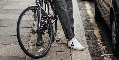 Desarmado Especialmente Apropiado  Hemos encontrado las zapatillas blancas perfectas para los días de ...