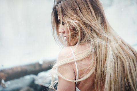 Hair, Blond, Photograph, Hairstyle, Beauty, Long hair, Skin, Hair coloring, Shoulder, Brown hair,
