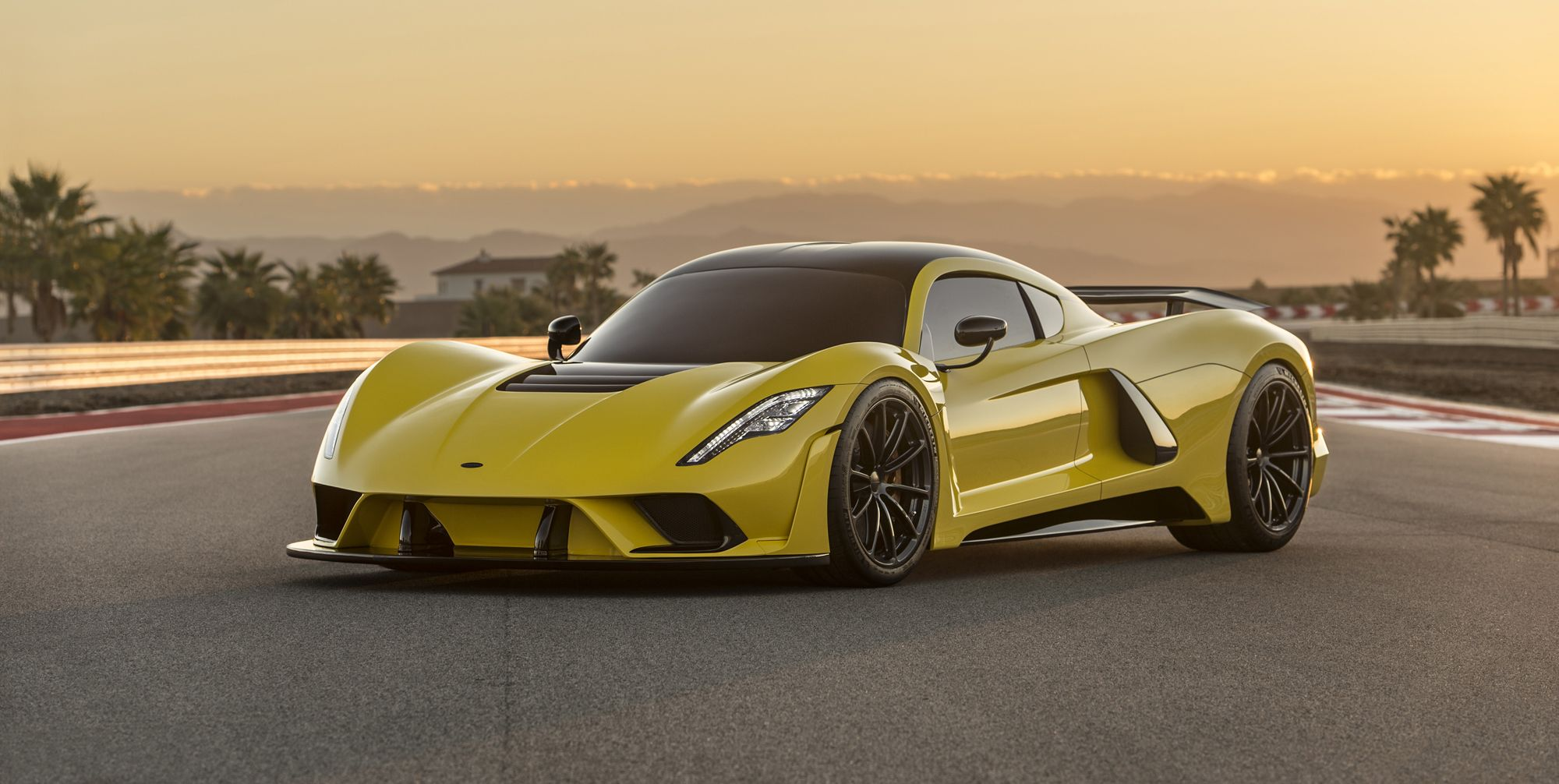300 Mph Car >> Can The Hennessey Venom F5 Actually Hit 300 Mph The Math Says Yeah