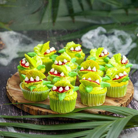 venus fly trap cupcakes