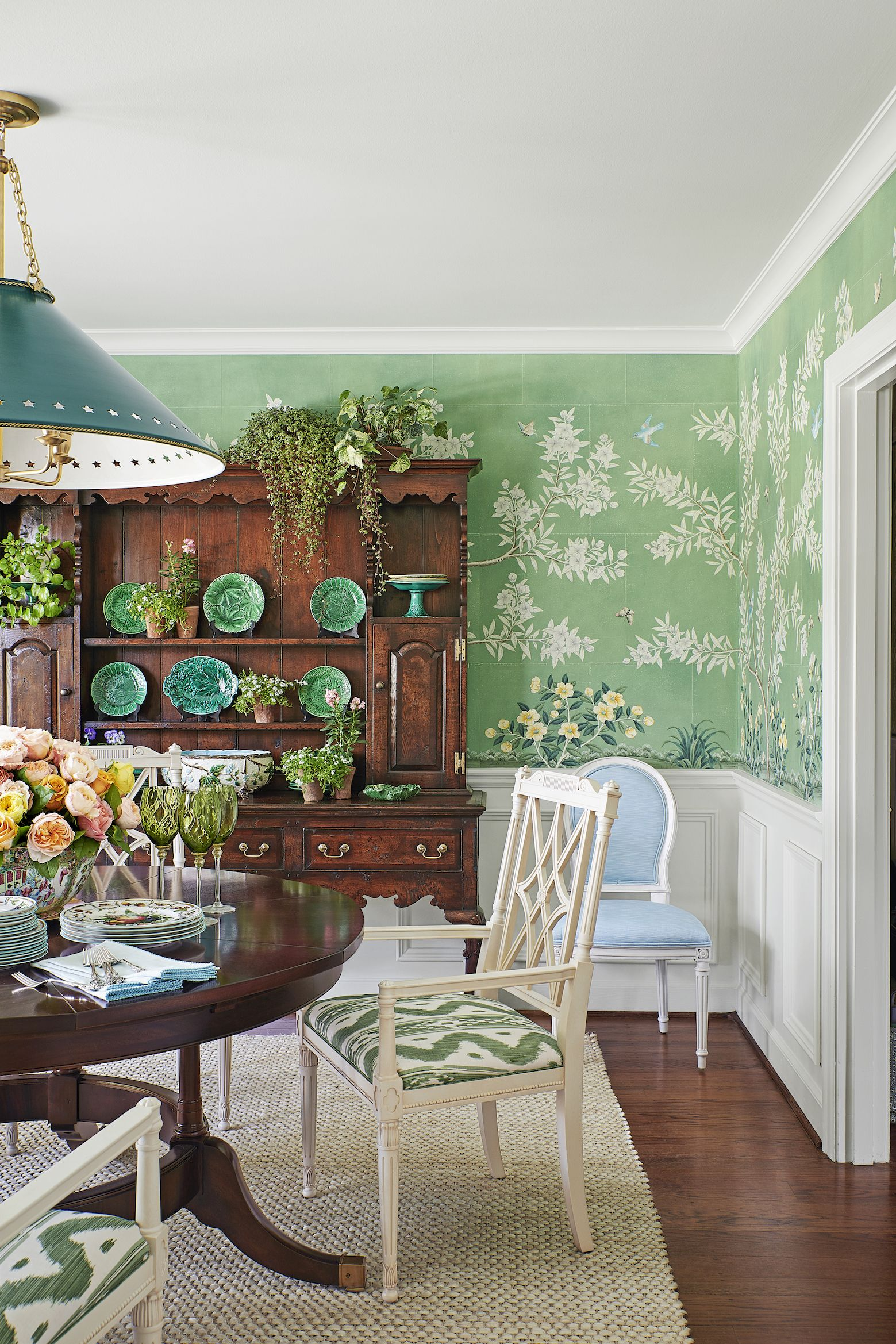 Mark D. Sikes Works Midcentury Magic on a Southern Ranch House