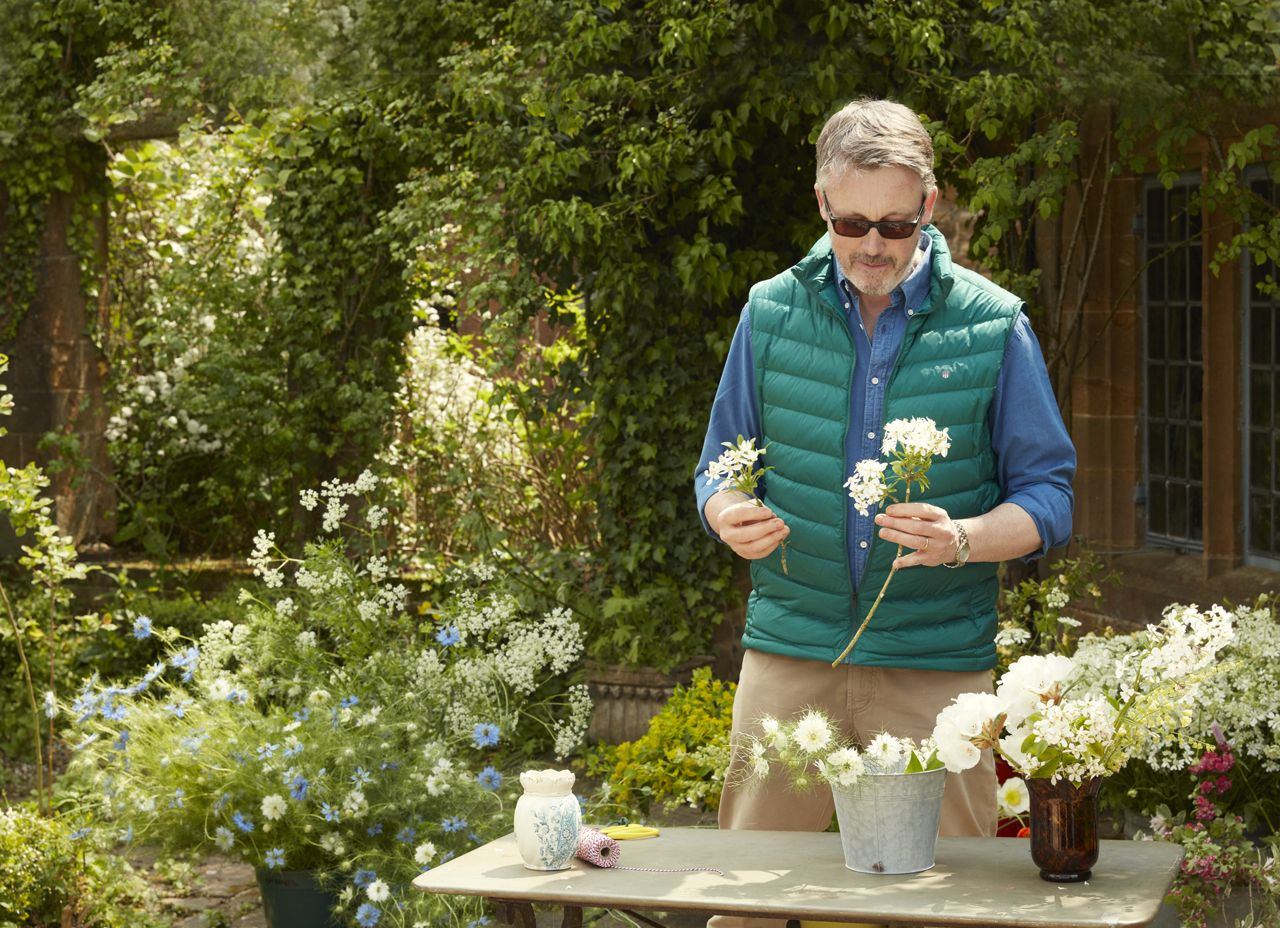 Royal florist Shane Connolly teaches the wild and wonderful art of English floral arranging