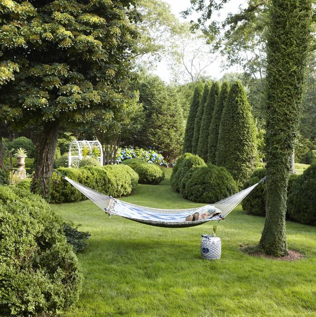 charlotte moss backyard hammock