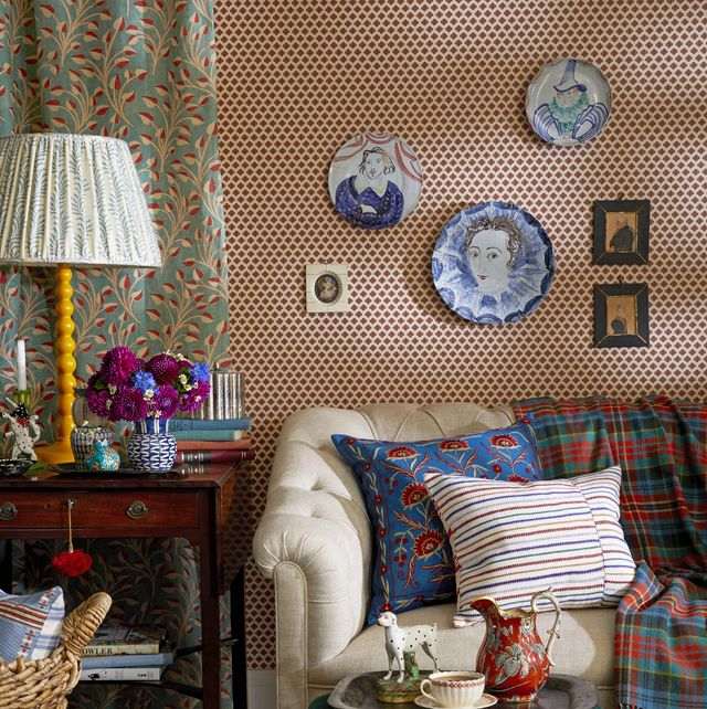 Take Walk on the Wild Side With These 6 Secrets to English Eccentric Style