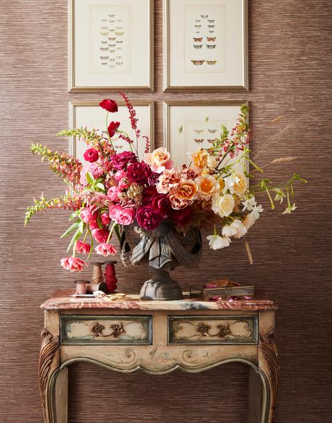 Flowerpot, Flower, Still life photography, Plant, Wall, Floral design, Cut flowers, Artificial flower, Still life, Room,