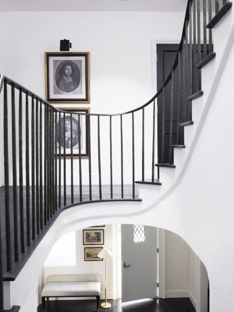 Stairs, Handrail, Property, Baluster, Room, Iron, Interior design, Home, House, Building,