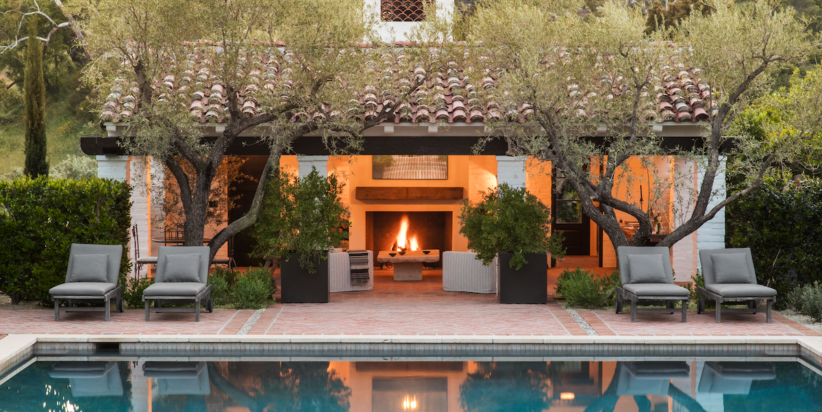 20 Outdoor Fireplace Ideas That Will Add Romance To Any Backyard