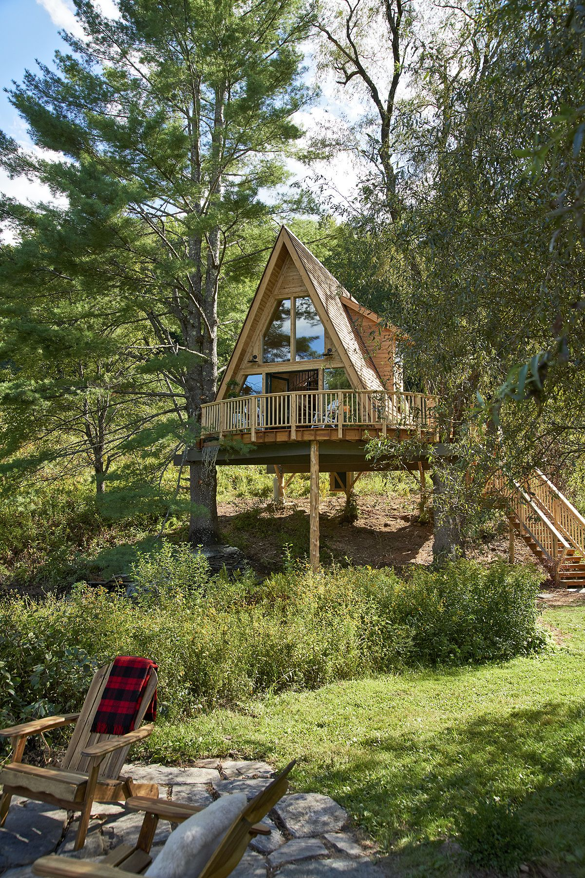 Picture of: What It Takes To Build A Treehouse Masters Style Treehouse