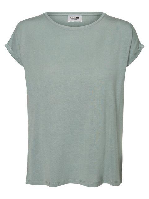 Clothing, T-shirt, White, Sleeve, Green, Top, Active shirt, Neck, Blouse, Denim,
