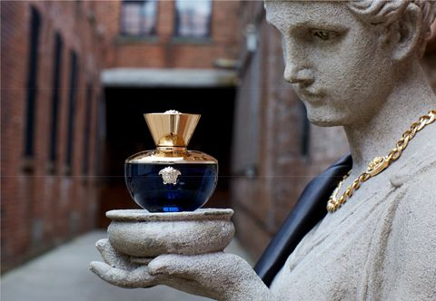 Blue, Perfume, Sculpture, Water, Statue, Art, Photography, Neck, Stock photography, Cosmetics,