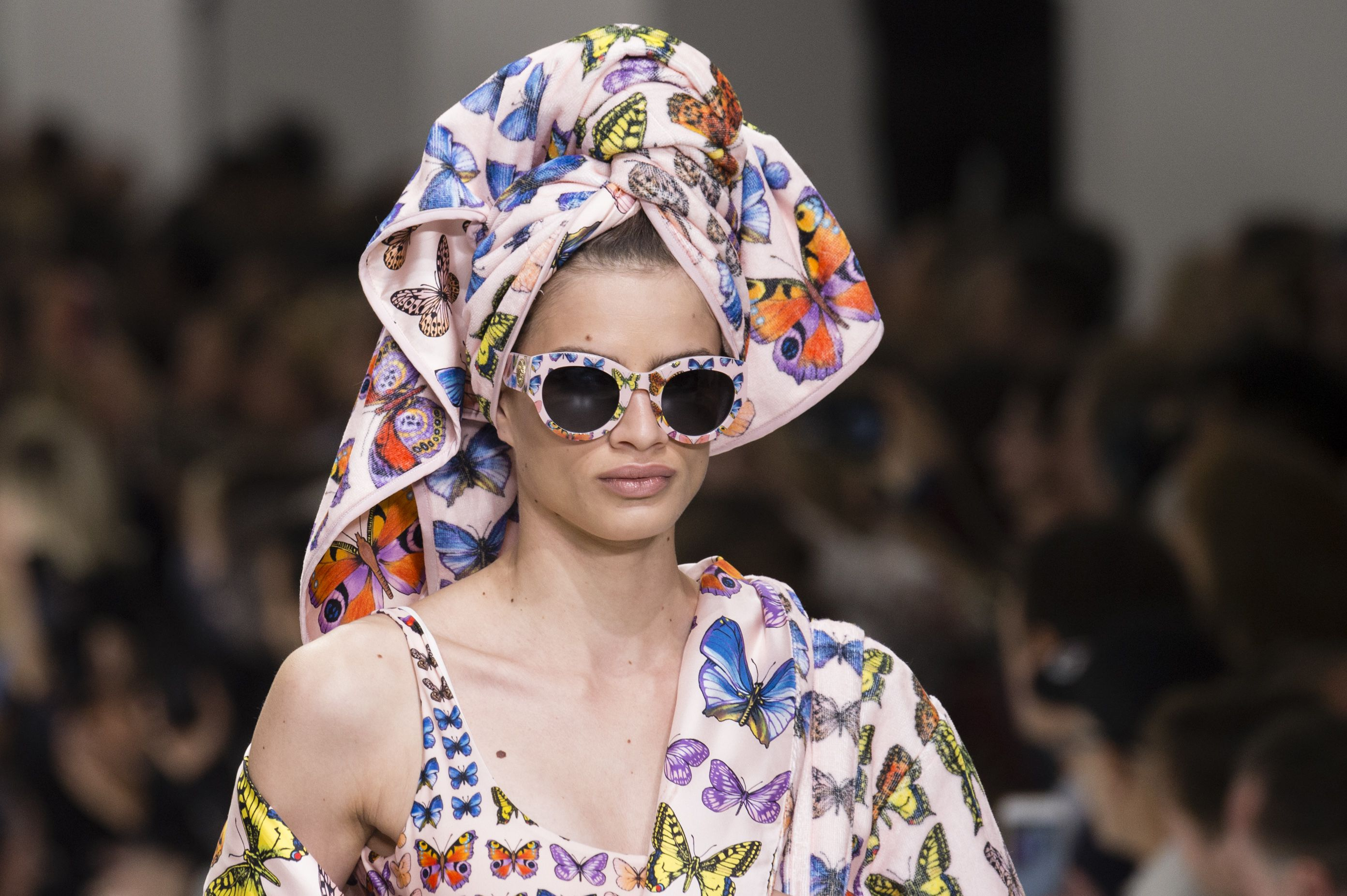 Spring 2018 Fashion Trend Stylish Bath Robes As Seen On The Runways Rita Ora And More