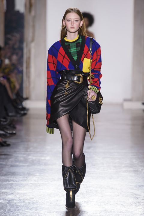 80a55dfa51b 54 Looks From Versace Fall 2018 MYFW Show – Versace Runway at Milan ...