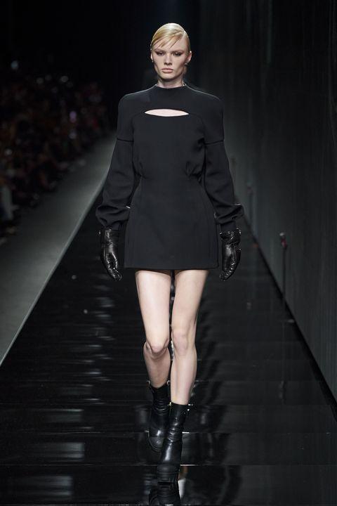 Fashion model, Fashion, Fashion show, Runway, Clothing, Shoulder, Fashion design, Footwear, Joint, Model,