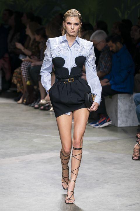 kendall jenner milan fashion week versace ss20