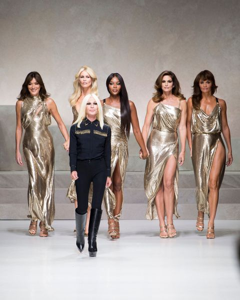 supermodels, first runway, last runway, modelling, career, transformation, debut, cindy crawford, versace, 2018