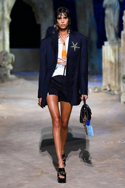 versace   milan fashion week springsummer 2021