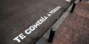 Regala un verso a los pasos de cebra de la ciudad de Madrid