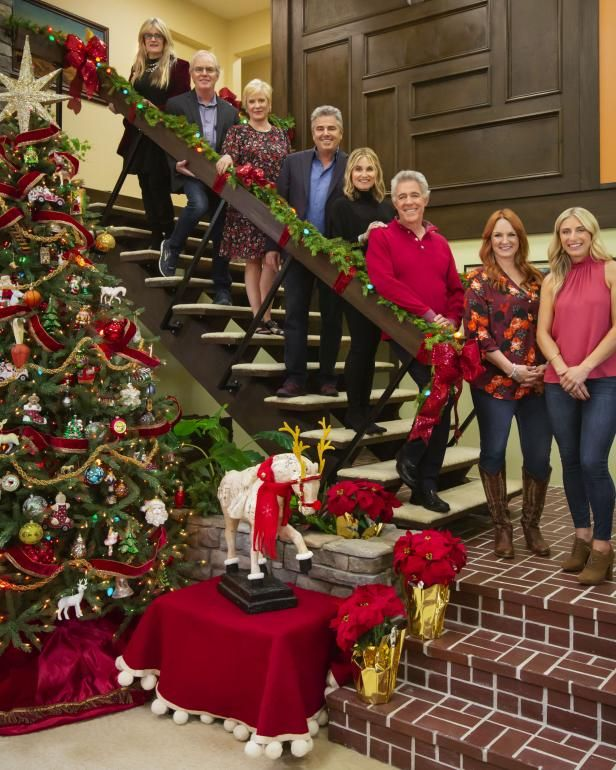 Ree Drummond Will Be Cooking A '70s-Style Christmas Dinner On 'A Very Brady Renovation: Holiday Edition'