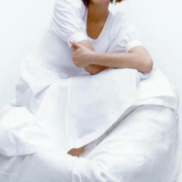 el vestido de punto blanco de edición limitada minimal de zara