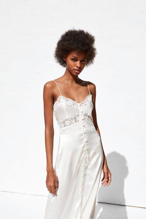 bc5dd2009 El vestido de novia que Zara ha sacado a la venta por 30 € es tan ...