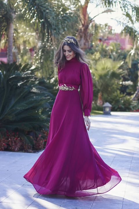 acad19f7d Looks invitada de boda. Invitada perfectaInstagram. Impresionante vestido  de color buganvilla ...